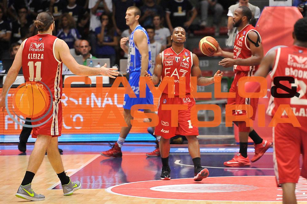 DESCRIZIONE : Sassari Lega Serie A 2014/15 Beko Supercoppa 2014 Finale Olimpia EA7 Emporio Armani Milano - Dinamo Banco di Sardegna Sassari<br /> GIOCATORE : Joe Ragland<br /> CATEGORIA : Ritratto<br /> SQUADRA :  Olimpia EA7 Emporio Armani Milano<br /> EVENTO :  Beko Supercoppa 2014 <br /> GARA : Olimpia EA7 Emporio Armani Milano - Dinamo Banco di Sardegna Sassari<br /> DATA : 05/10/2014 <br /> SPORT : Pallacanestro <br /> AUTORE : Agenzia Ciamillo-Castoria/ Luigi Canu<br /> Galleria : Lega Basket A 2014-2015 <br /> Fotonotizia : Sassari Lega Serie A 2014/15 Beko Supercoppa 2014 Finale Olimpia EA7 Emporio Armani Milano - Dinamo Banco di Sardegna Sassari<br /> Predefinita :
