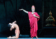 La Bayad&egrave;re<br /> The Mariinsky Ballet <br /> at The Royal Opera House, London, Great Britain <br /> rehearsal <br /> 11th August 2011 <br /> <br /> Vladimir Ponomarev (as The High Brahmin)<br /> <br /> Grigory Popov (as Magdaveya)<br /> <br /> Photograph by Elliott Franks