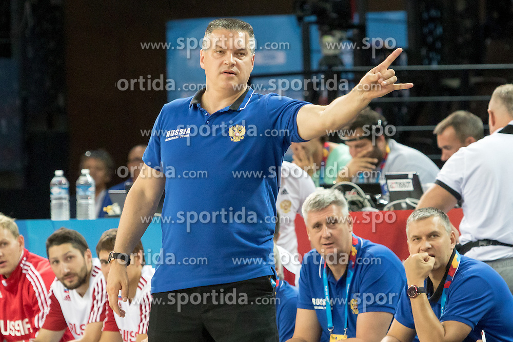 05.09.2015, Park Suites Arena, Montpellier, FRA, Eurobasket 2015, Israel vs Russland, Gruppe A, im Bild EVGENY PASHUTIN // during the FIBA Eurobasket 2015, group A match between Israel and Russia at the Park Suites Arena in Montpellier, France on 2015/09/05. EXPA Pictures &copy; 2015, PhotoCredit: EXPA/ Newspix/ Pawel Pietranik<br /> <br /> *****ATTENTION - for AUT, SLO, CRO, SRB, BIH, MAZ, TUR, SUI, SWE only*****