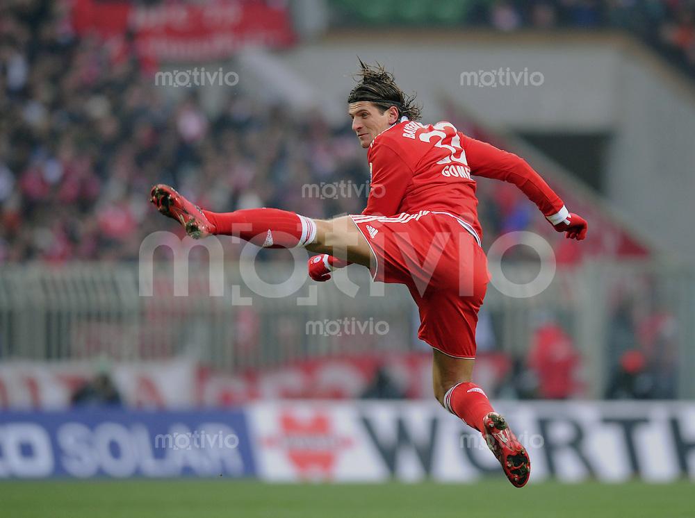 Fussball 1. Bundesliga   Saison   2009/2010  19. Spieltag  23.01.2010 SV Werder Bremen - FC Bayern Muenchen   Mario Gomez (FCB)