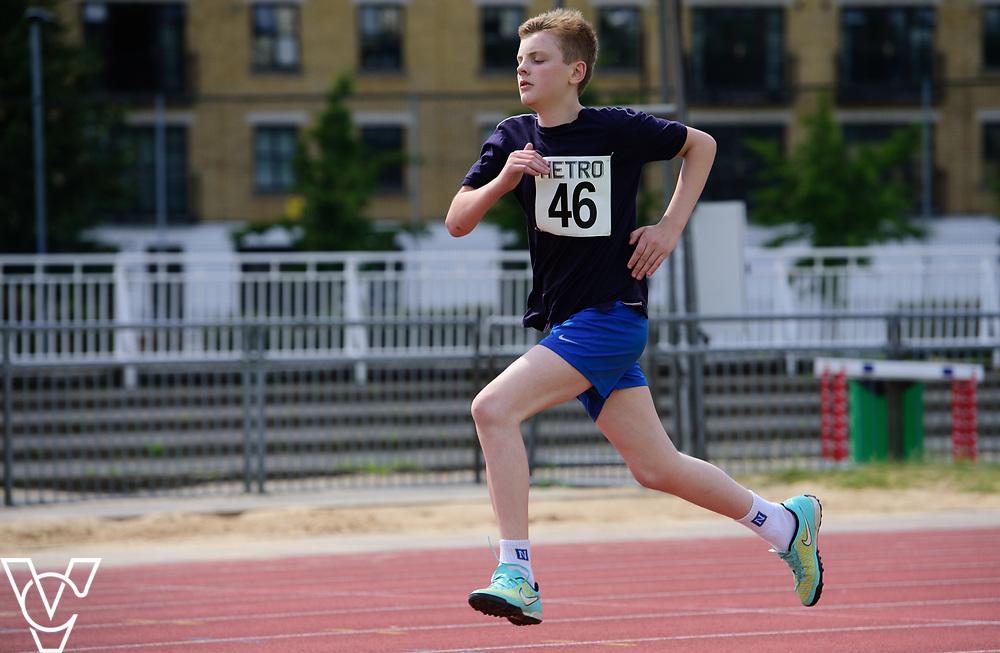 Metro Blind Sport's 2017 Athletics Open held at Mile End Stadium.  800m.  Tom Lancaster<br /> <br /> Picture: Chris Vaughan Photography for Metro Blind Sport<br /> Date: June 17, 2017