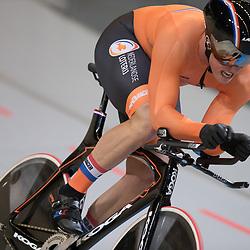 04-03-2018: Wielrennen: WK Baan: Apeldoorn<br />Sam Ligtlee rijd de finale op de kilometer