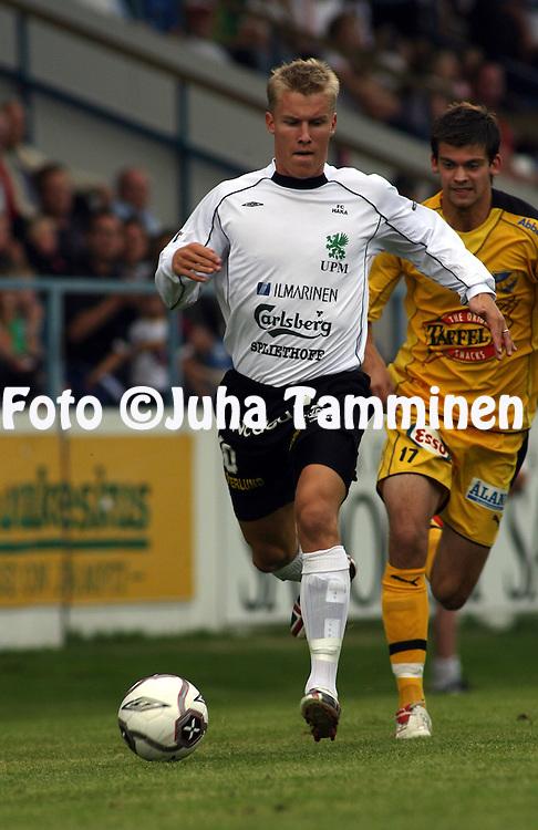 13.08.2006, Tehtaankentt?, Valkeakoski, Finland..Veikkausliiga 2006 - Finnish League 2006.FC Haka - IFK Mariehamn.Kalle Parviainen - Haka.©Juha Tamminen.....ARK:k