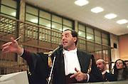 Antonio Di Pietro, Public Prosecutor, speaks during Enimont trial at court in Milan, December, 1994. © Carlo Cerchioli..Antonio Di Pietro, Pubblico Ministero, durante la sua requisitoria al processo Enimont, dicembre 1994.