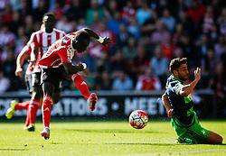 Southampton's Sadio Mane shot is wide - Mandatory by-line: Jason Brown/JMP - 07966 386802 - 26/09/2015 - FOOTBALL - Southampton, St Mary's Stadium - Southampton v Swansea City - Barclays Premier League