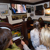 VENICE, ITALY - APRIL 29: Expatriates and British tourists watch a telecast of the royal wedding at a pub on April 29, 2011 in Venice, Italy. The wedding of Britain's Prince William and Kate Middleton took place at Westminster Abbey in London. (Photo by Marco Secchi/Getty Images)