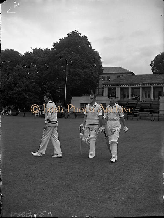 18/07/1958<br /> 07/18/1958<br /> 18 July 1958<br /> Cricket - Ireland vs. New Zealand at College Park, Trinity College, Dublin.