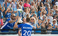 UTRECHT -  Philip Meulenbroek (Kampong) met de beker   na  de finale van de play-offs om de landtitel tussen de heren van Kampong en Amsterdam (2-1).   COPYRIGHT KOEN SUYK