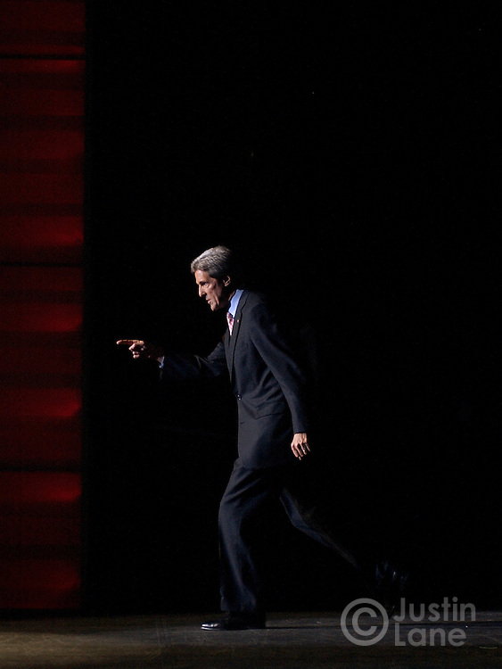 United States Senator and Democratic Candidate for President John Kerry heads for the crowd after addressing the National Conference of the American Association of Retired People at the Sands Expo Center in Las Nevada, NV Thursday, 14 October 2004...EPA/JUSTIN LANE
