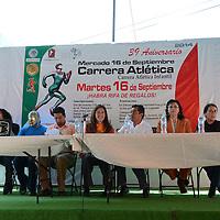 Toluca, México.-Melisa Vargas Camacho, primera síndico municipal de Toluca, durante la conferencia donde anunciaron se llevará a cabo una carrera atlética de 5 kilómetros, en el marco del 39 Aniversario del mercado 16 de Septiembre de Toluca, evento organizado por los comerciantes, en coordinación con el Instituto Municipal de Cultura Física y Deporte de la capital mexiquense. Agencia MVT / Arturo Hernández.