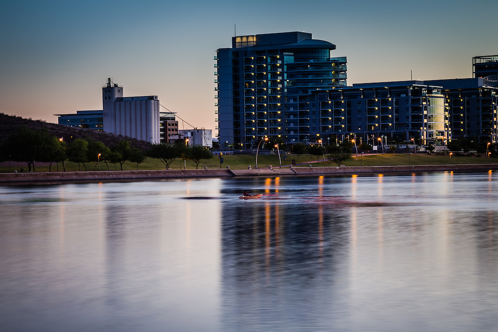 Twilight rowing in Tempe Town Lake