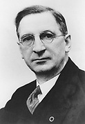 Eamon De Valera (1822-1975) American-born Irish statesman who, after fighting for Irish independence, became leader of Fianna Fail and served as Prime Minister of Ireland  and was elected President in 1959. Half-tone. Black-and-white