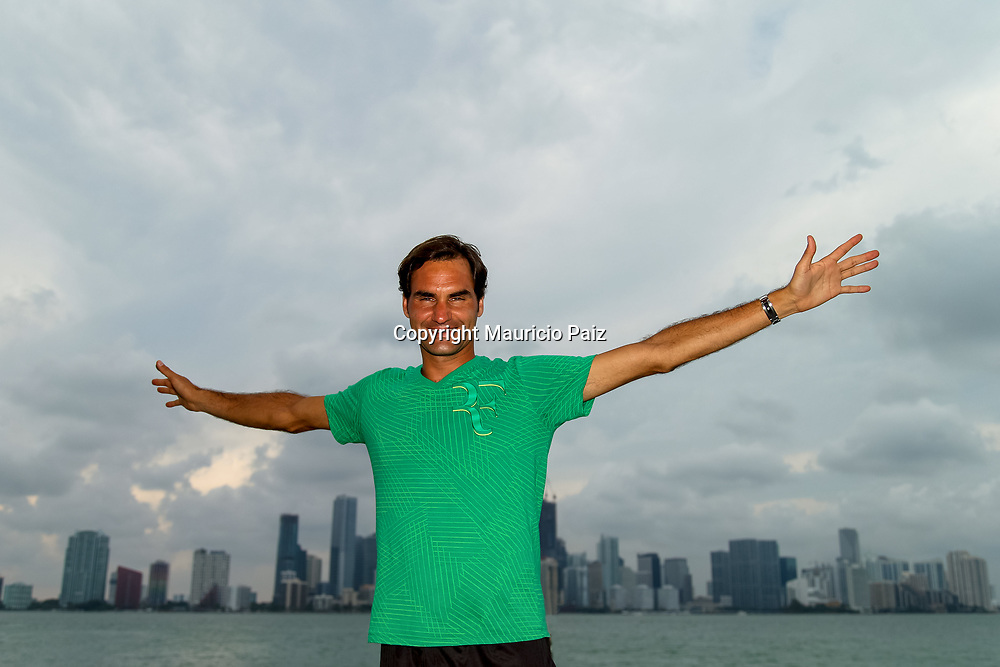 KEY BISCAYNE, FL - APRIL 02: Roger Federer of Switzerland celebrates after winning the final match against Rafael Nadal of Spain (not pictured) on day 14 of the Miami Open at Crandon Park Tennis Center on April 2, 2017 in Key Biscayne, Florida. (Photo by Mauricio Paiz)