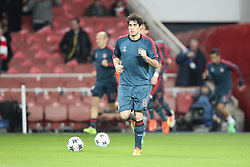 19.02.2014, Emirates Stadion, London, ESP, UEFA CL, FC Arsenal vs FC Bayern Muenchen, Achtelfinale, im Bild Javi MARTINEZ #8 (FC Bayern Muenchen) beim warm up // during the UEFA Champions League Round of 16 match between FC Arsenal and FC Bayern Munich at the Emirates Stadion in London, Great Britain on 2014/02/19. EXPA Pictures © 2014, PhotoCredit: EXPA/ Eibner-Pressefoto/ Kolbert<br /> <br /> *****ATTENTION - OUT of GER*****