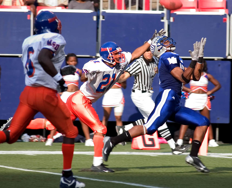 Hampton vs Morgan State football game at Giants Stadium.
