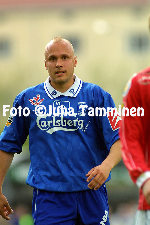 13.05.2002, Tammela Stadium, Tampere, Finland..Veikkausliiga 2002 / Finnish League 2002..Tampere United v FC Jazz Pori.Ville Lehtinen - Tampere United.©Juha Tamminen