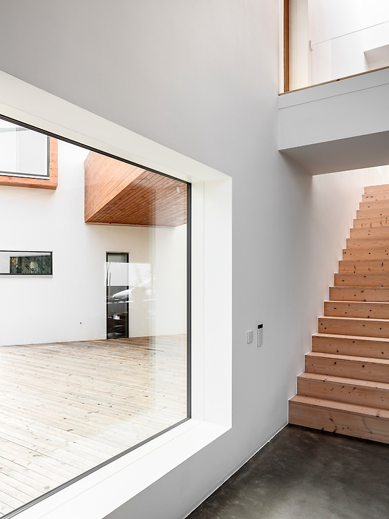 Private residence Villa Karkiainen in Espoo, Finland designed by Sanaksenaho Architects