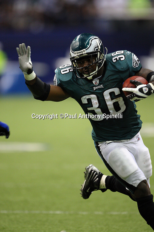 IRVING, TX - SEPTEMBER 15:  Running back Brian Westbrook #36 of the Philadelphia Eagles celebrates runs the ball during the game against the Dallas Cowboys during the game at Texas Stadium on September 15, 2008 in Irving, Texas. The Cowboys defeated the Eagles 41-37. ©Paul Anthony Spinelli *** Local Caption *** Brian Westbrook