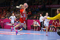 Frederikshavn, Danmark:<br /> IHF VM  H&aring;ndbold for kvinder Danmark 2015 Norge- Rusland, Heidi L&oslash;ke<br /> Fotograf: Morten Olsen<br /> <br /> Frederikshavn, Denmark:<br /> Norway - Russia<br /> IHF Women&acute;s Handball World Championship Denmark 2015,Heidi L&oslash;ke<br /> <br /> Photographer: Morten Olsen