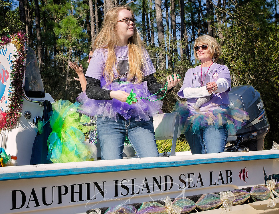 Members of the Dauphin Island Sea Lab participate  in the island's first People's Parade during Mardi Gras, Feb. 4, 2017, in Dauphin Island, Alabama. French settlers held the first Mardi Gras in 1703, making Mobile's celebration the oldest Mardi Gras in the United States. The first parade of the season is traditionally held on Dauphin Island and draws thousands. (Photo by Carmen K. Sisson/Cloudybright)