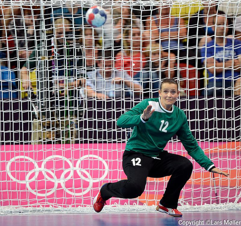 DK Caption:<br /> 20120728, London, England:<br /> Olympiske Lege - London 2012: <br /> H&aring;ndbold kvinder Danmark - Sverige. Karin Mortensen (DEN)<br /> Foto: Lars M&oslash;ller<br /> <br /> UK Caption:<br /> 20120728, London, Great Britain:<br /> Olympic Games - London 2012:<br /> Handball, Women, Denmark-Sweden: Karin Mortensen (DEN)<br /> Photo: Lars Moeller