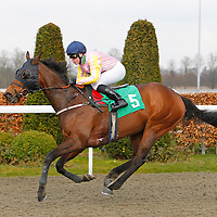 Kempton 11th April 2013