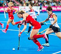 Londen - Lily Owsley (Eng)  tijdens de cross over wedstrijd Engeland-Korea (2-0) bij het WK Hockey 2018 in Londen.    COPYRIGHT KOEN SUYK