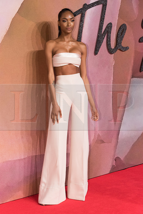 © Licensed to London News Pictures. 05/12/2016. JOURDAN DUNN arrives for The Fashion Awards 2016 celebrating the best of British and international fashion. London, UK. Photo credit: Ray Tang/LNP