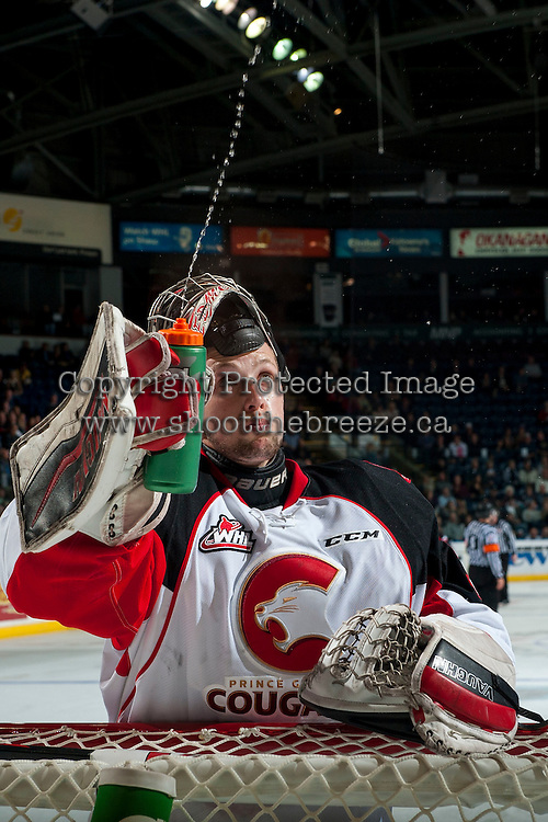 KELOWNA, CANADA - SEPTEMBER 28: Ty Edmonds #35 of Prince George Cougars stands in net against the Kelowna Rockets on September 28, 2016 at Prospera Place in Kelowna, British Columbia, Canada.  (Photo by Marissa Baecker/Shoot the Breeze)  *** Local Caption *** Ty Edmonds;