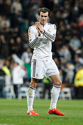 14.02.2015, Estadio Santiago Bernabeu, Madrid, ESP, Primera Division, Real Madrid vs Deportivo La Coruna, 23. Runde, im Bild Real Madrid&acute;s Gareth Bale greets team&acute;s fans after La Liga match at Santiago Bernabeu stadium in Madrid, Spain. February 14, 2015. (ALTERPHOTOS/Victor Blanco) // during the Spanish Primera Division 23rd round match between Real Madrid vs Deportivo La Coruna at the Estadio Santiago Bernabeu in Madrid, Spain on 2015/02/14. EXPA Pictures &copy; 2015, PhotoCredit: EXPA/ Alterphotos/ Victor Blanco<br /> <br /> *****ATTENTION - OUT of ESP, SUI*****