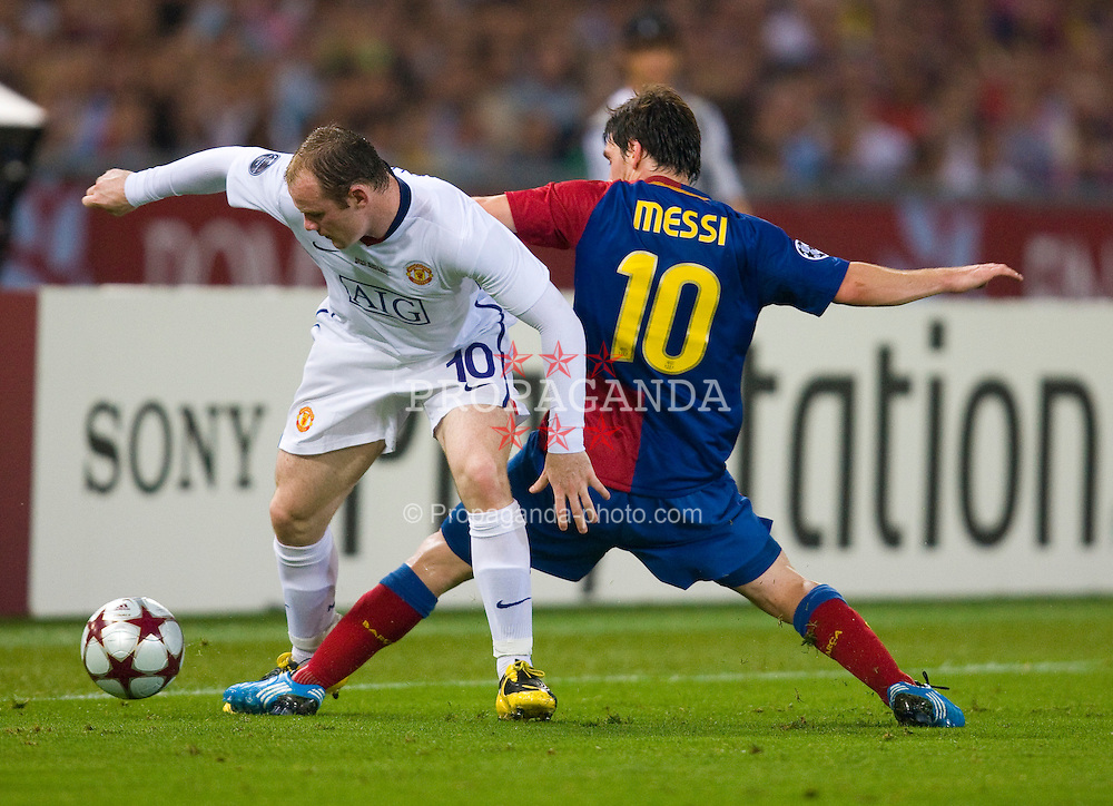 ROME, ITALY - Tuesday, May 26, 2009: Manchester United's Wayne Rooney and Barcelona's Messi during the UEFA Champions League Final at the Stadio Olimpico. (Pic by Carlo Baroncini/Propaganda)