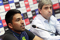 CD Leganes' new player Mauro Dos Santos (l) with the Sports Director Chema Indias during his official presentation.  July 27, 2016. (ALTERPHOTOS/Acero)
