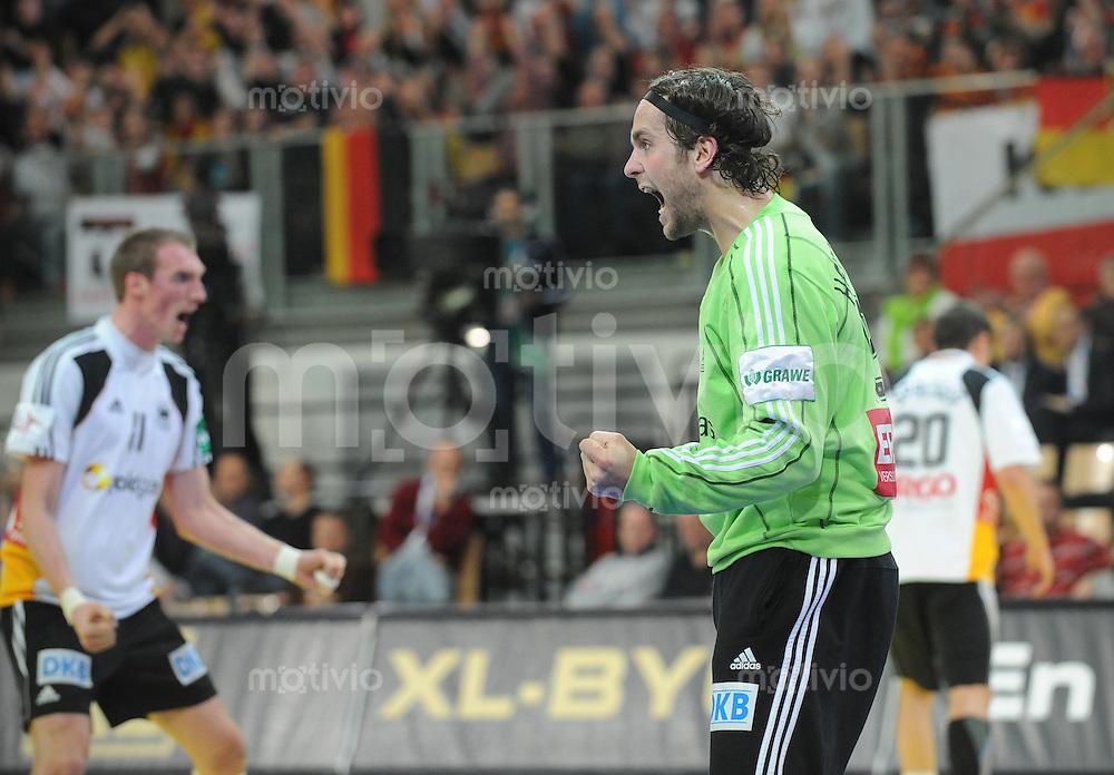 Handball EM Herren 2010 Vorrunde Deutschland - Schweden 22.01.2010 Silvio Heinevetter (GER) jubelt