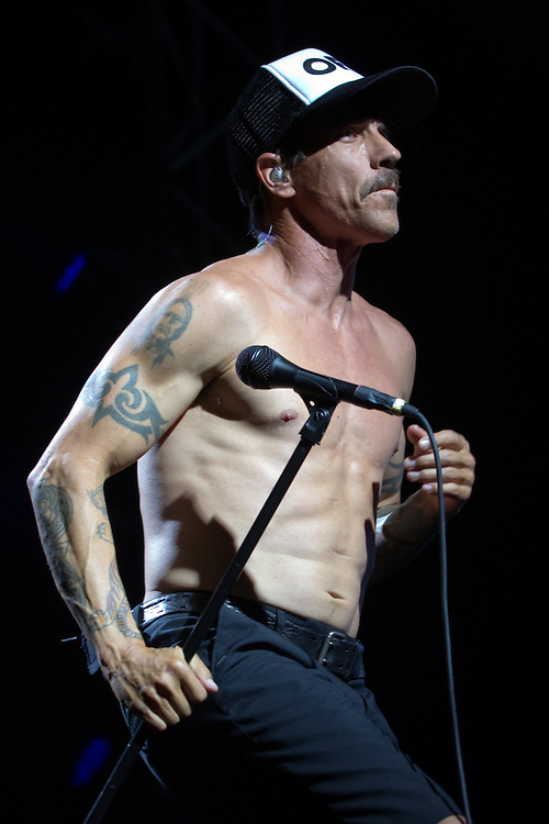 Vocalist Anthony Kiedis of the rock band Red Hot Chili Peppers plays live in concert, Vector Arena, Auckland, New Zealand, Monday, January 14, 2013.   Credit: SNPA / David Rowland