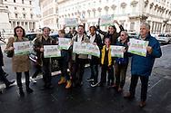 Roma 3 Maggio 2014<br /> Flash-mob della lista Green Italia-Verdi Europei in occasione della Giornata mondiale sulla Libertà di stampa e per denunciare la censura nei confronti della lista ecologista in queste elezioni europee.Per protesta gli ecologisti indossano delle maschere di Vespa, Paragone, Telese i conduttori di popolari talk show che non stanno dando spazio ai candidati verdi.<br /> Rome May 3, 2014 <br /> Flash-mob list Green Italian-European Greens on the occasion of the World Day on Freedom of the press and to denounce the censure on the list ecologist in these European elections. The  environmentalists for  protest wearing masks of Vespa, Paragone , Telese, conductors popular talk show that they are not giving the  space to the  green candidates.