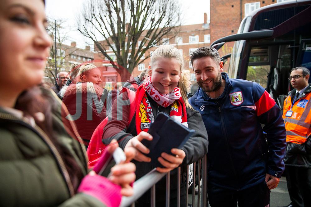 Bristol City Head Coach Lee Johnson greets supporters - Rogan/JMP - 23/12/2017 - Loftus Road - London, England - Queens Park Rangers v Bristol City - Sky Bet Championship.