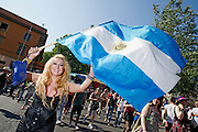 2013/06/15 Roma, corteo del Gay Pride 2013. Nella foto una manifestante.<br /> Rome, Gay Pride rally 2013. In the picture a queer with an Argentina flag- &copy; PIERPAOLO SCAVUZZO