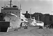Finlandsbåten Bore vid kaj på Skeppsbron