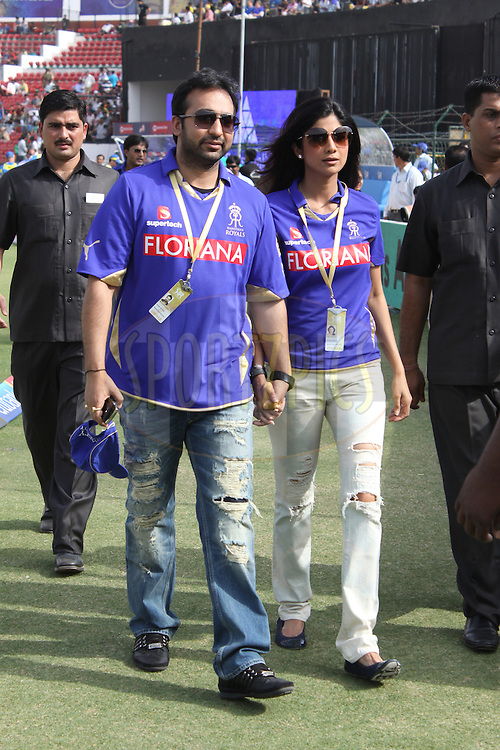 Raj Kundra and Shilpa shetty during match 7 of the the Indian Premier League ( IPL ) Season 4 between the Rajasthan Royals and the Delhi Daredevils held at the Sawai Mansingh Stadium, Jaipur, Rajasthan, India on the 12th April 2011..Photo by Sandeep ShettyBCCI/SPORTZPICS