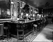 01/07/1969<br /> 07/01/1969<br /> 01 July 1969<br /> Pubs in and about Dublin. Jurys Hotel, College Green.