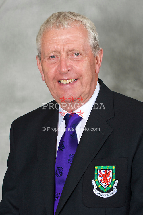 CHESTER, ENGLAND - Wednesday, August 26, 2009: Football Association of Wales Council Member Ken Hughes. (Pic by David Rawcliffe/Propaganda)