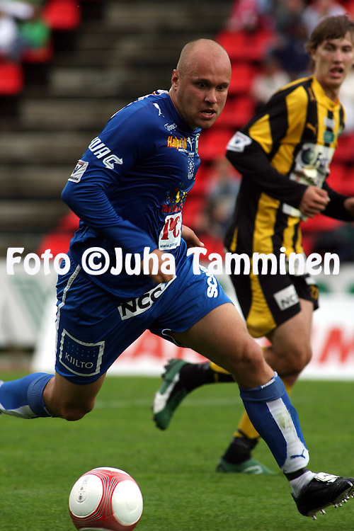 28.06.2006, Ratina, Tampere, Finland..Veikkausliiga 2006 - Finnish League 2006.Tampere United - FC Honka.Ville Lehtinen - TamU.©Juha Tamminen.....ARK:k