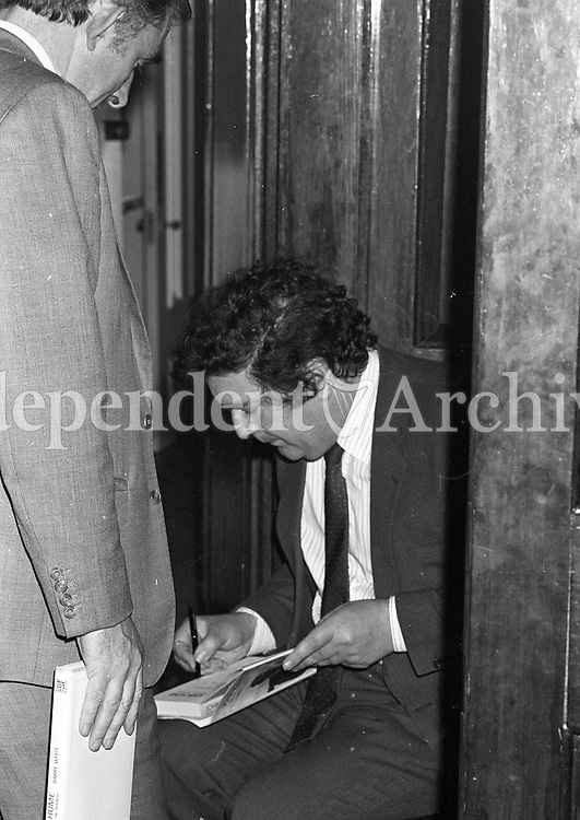 "John Hume, at the Launch of the book ""John Hume Statesman of the Troubles"" at the Mansion House, 31/01/1985 (Part of the Independent Newspapers Ireland/NLI Collection)."