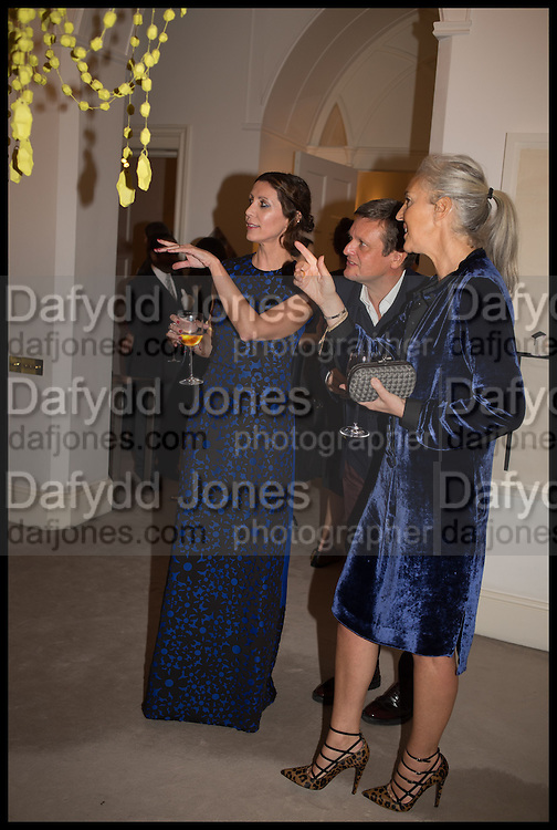 VALERIA NAPOLEONE; TOM CHAPMAN; RUTH CHAPMAN, Frieze dinner  hosted at by Valeria Napoleone for  Marvin Gaye Chetwynd, Anne Collier and Studio Voltaire 20th anniversary autumn programme. Kensington. London. 14 October 2014.