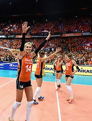 03-10-2015 NED: Volleyball European Championship Semi Final Nederland - Turkije, Rotterdam<br /> Nederland verslaat Turkije in de halve finale met ruime cijfers 3-0 / Laura Dijkema #14