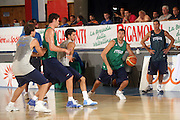 DESCRIZIONE : Bormio Ritiro Nazionale Italiana Maschile Preparazione Eurobasket 2007 Allenamento Preparazione fisica<br /> GIOCATORE : Matteo Soragna<br /> SQUADRA : Nazionale Italia Uomini EVENTO : Bormio Ritiro Nazionale Italiana Uomini Preparazione Eurobasket 2007 GARA : <br /> DATA : 22/07/2007 <br /> CATEGORIA : Allenamento <br /> SPORT : Pallacanestro <br /> AUTORE : Agenzia Ciamillo-Castoria/E.Castoria<br /> Galleria : Fip Nazionali 2007 <br /> Fotonotizia : Bormio Ritiro Nazionale Italiana Maschile Preparazione Eurobasket 2007 Allenamento <br /> Predefinita :
