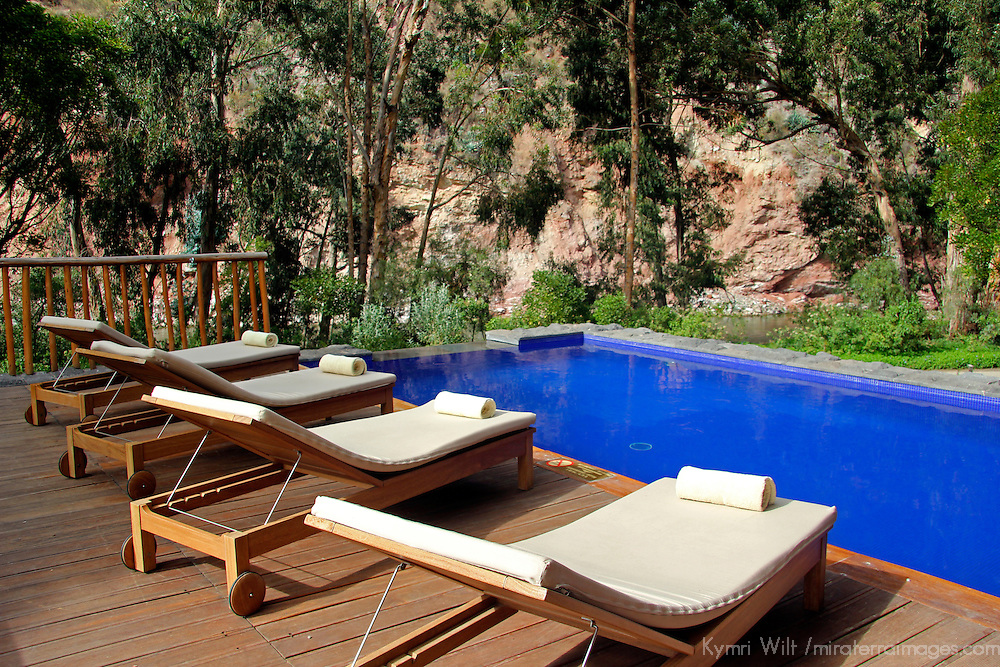 South America, Peru, Urubamba. Pool at Tambo del Inka Resort & Spa in the Sacred Valley.