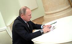 Moscow: Russian President Vladimir Putin Grants Citizenship to American actor Steven Seagal, 25 Nov.