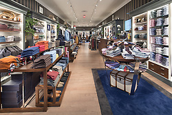 22705 Clarksburg Virginia Eredi Pisano clothes store