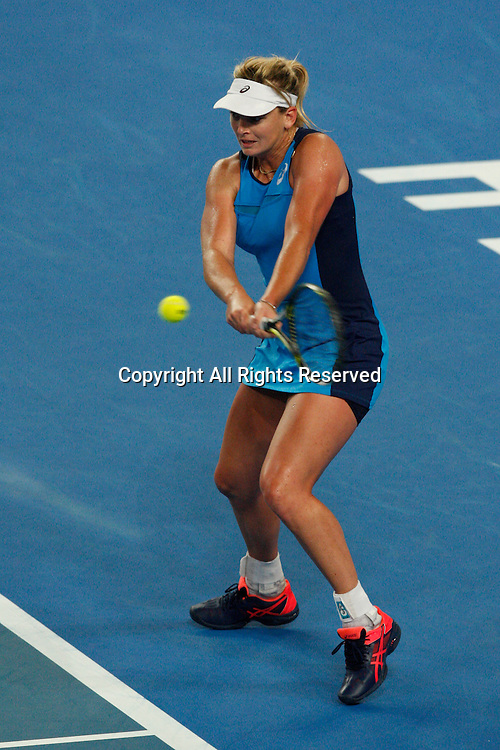 07.01.2017. Perth Arena, Perth, Australia. Mastercard Hopman Cup International Tennis tournament. Coco Vandeweghe (USA) plays a backhand shot during her match against Kristina Mladenovic (FRA). Vandeweghe won in straight sets 6-4, 5-7.